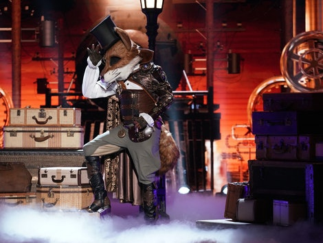 The Fox performs on The Masked Singer Season 2.