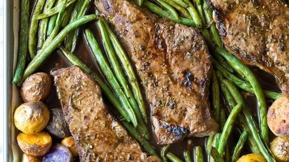 sheet pan recipes with steak, balsamic steak sheet pan dinner