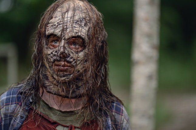 Thora Birch as Gamma in The Walking Dead wearing walker mask