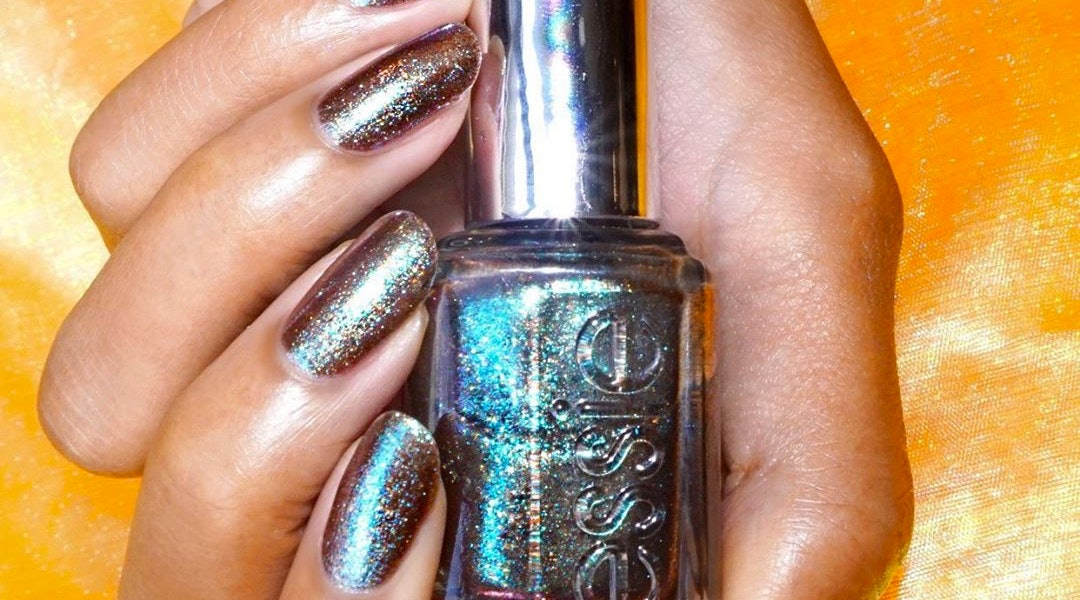 Essie Mercury in Retrograde III collection includes two new shimmery nail polish shades.