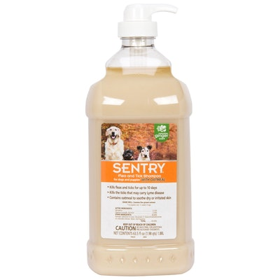 Sentry Pet Care Flea & Tick Shampoo With Oatmeal For Dogs & Puppies (63.5 ounces)
