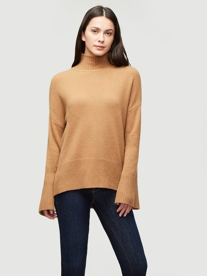 Sustainable Cashmere High Low Turtleneck