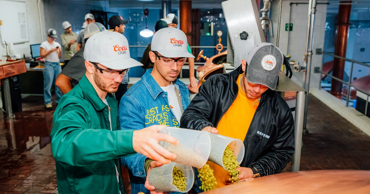 Here's Where To Get The Jonas Brothers' Coors Light Packs Brewed By The Band