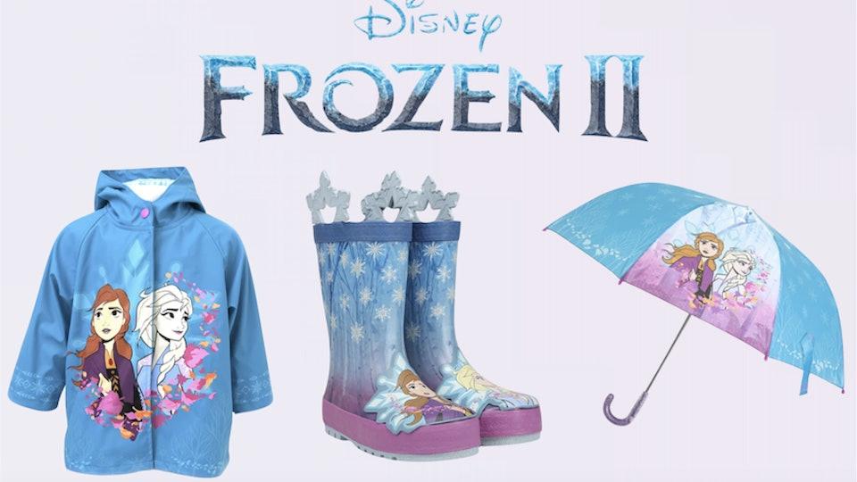 Western Chief's Frozen 2 rain set includes rain coat, rain boots, and umbrella.