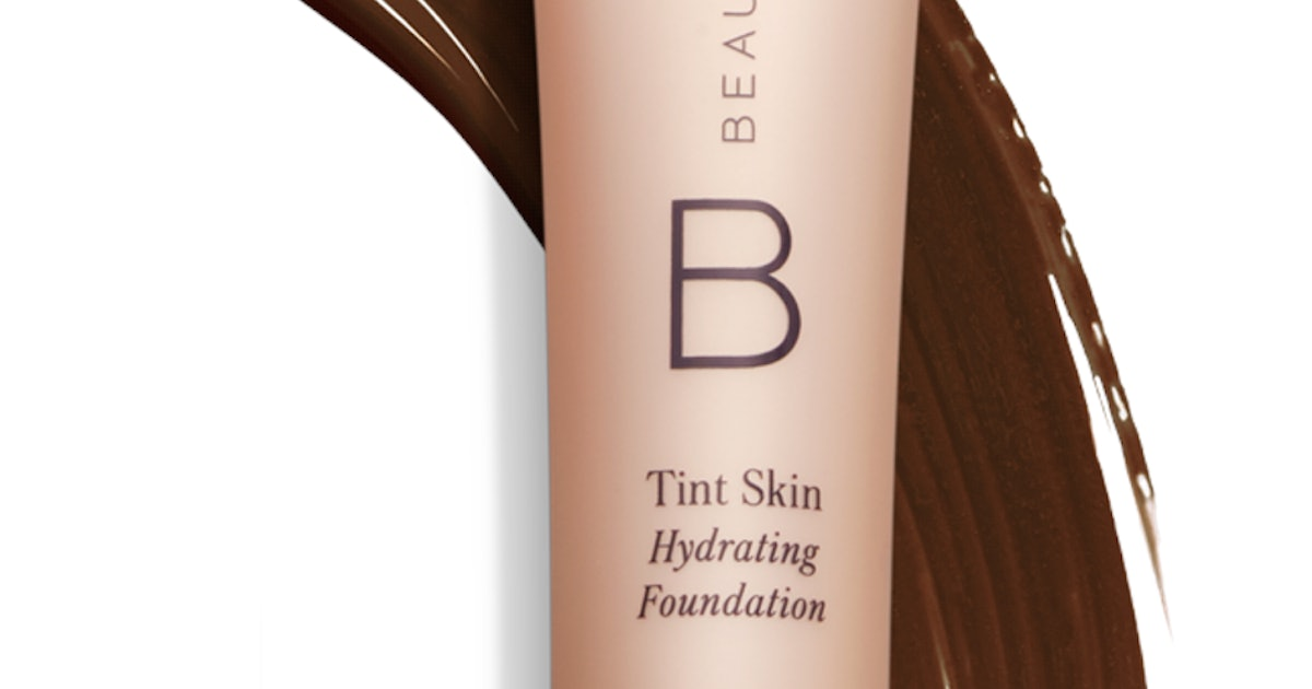 Beautycounter's Best-Sellers Feature A Trending Skincare Ingredient & A Cult-Favorite Tinted Moisturizer