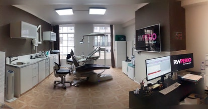 RW Perio, a specialist gum clinic in London, offers a treatment using Airflow tooth polishing