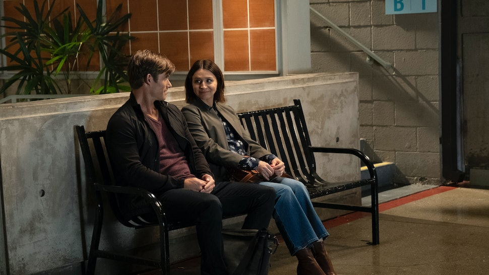 Caterina Scorsone and Chris Carmack discuss Amelia and Link's future on Grey's Anatomy.