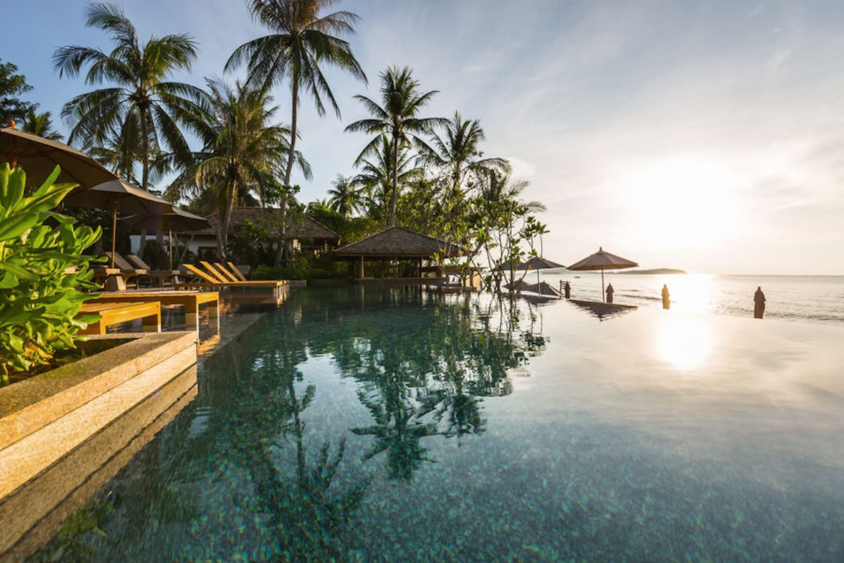 Dollar Flight Club's Oct. 14 Deals To Thailand are over 50% off.