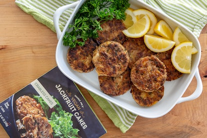 These jackfruit cakes make for the best (and quickest) vegan meal. Image credit: Trader Joe's