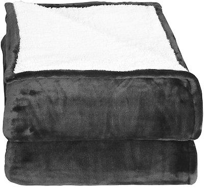Utopia Bedding Sherpa Flannel Fleece Reversible Blanket