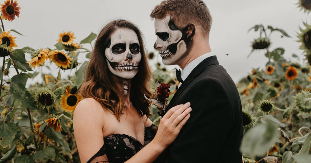 How Much Does It Cost To Get Married On Halloween? It Might Scare You