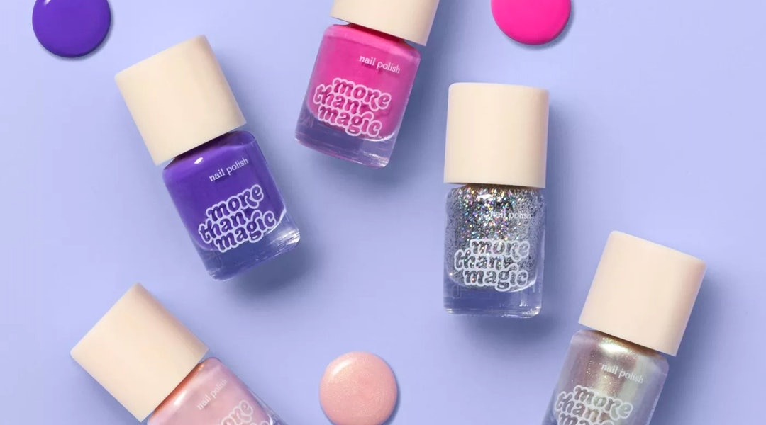 Target's October 2019 makeup arrivals include affordable gift sets, like mini nail polish kits and makeup palettes.