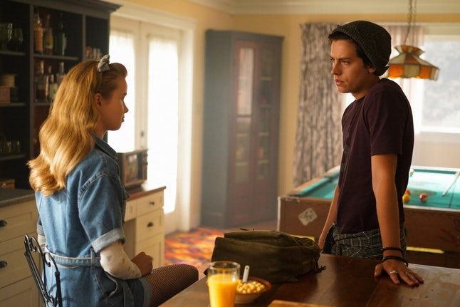 Trinity Likins as Jughead's sister Jellybean and Cole Sprouse as Jughead in Riverdale Season 4