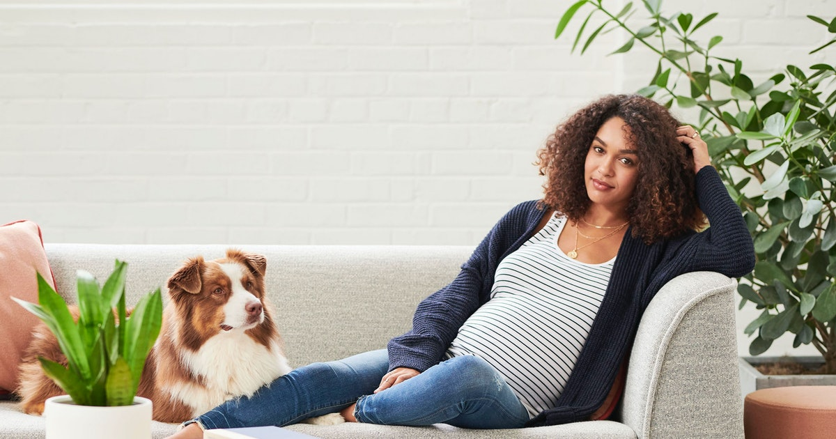 Nuuly Lets You Rent Maternity Clothes From Anthropologie & URBN Brands