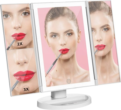 Absolutely Luvly Makeup Mirror With Lights