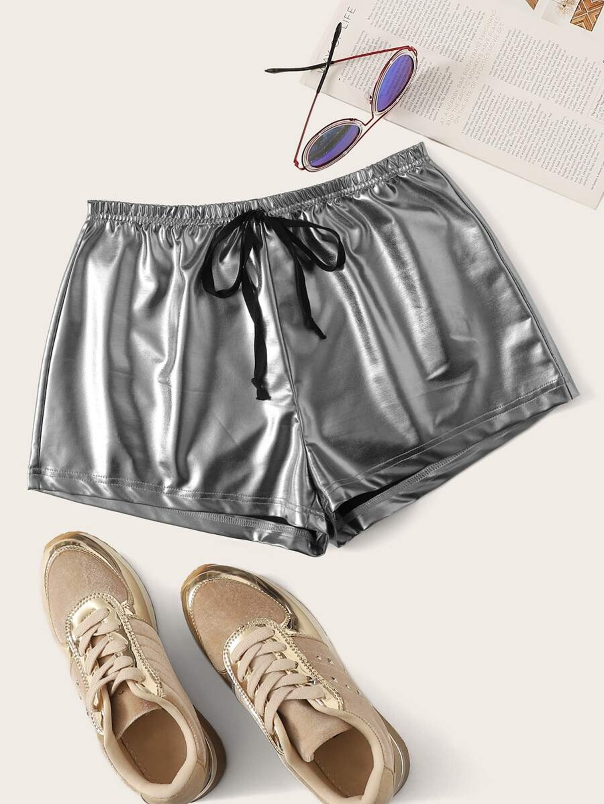 Plus Drawstring Waist Metallic Shorts