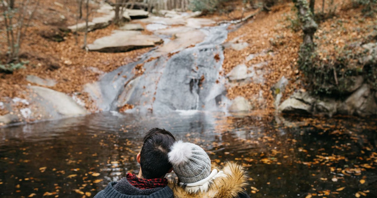 5 Leaf Peeping Trips To Take With Your SO That'll Give You Heart Eyes