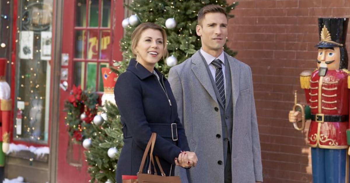 Christmas Con Is The Fan Convention Of Your Hallmark Movie Dreams