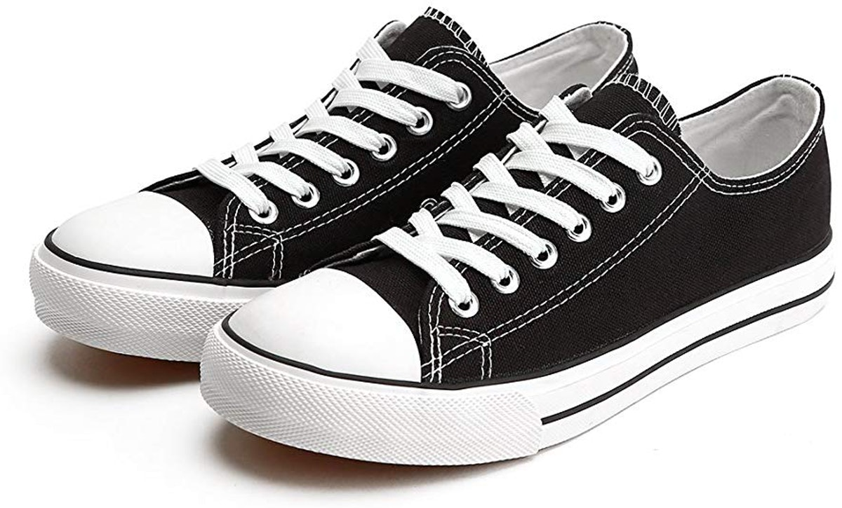 ZGR Canvas Low-Top Sneaker