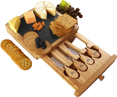 Utopia Kitchen Cheese Board And Knife Set