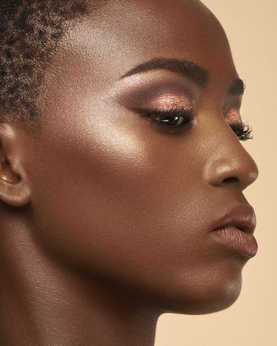Huda Beauty's NUDE Obsessions Eyeshadow Palettes in Rich on skin