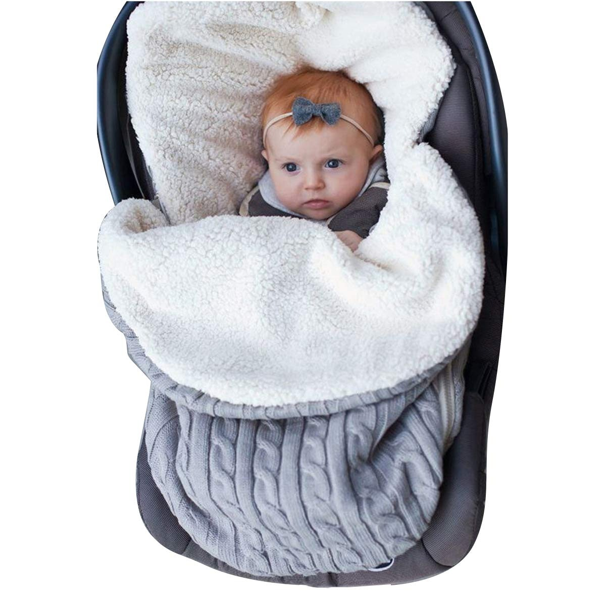 Car seat blanket// Cosy car seat blanket//pushchair footmuff// baby blanket