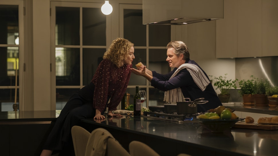Julia Garner and Shea Whigham in Modern Love