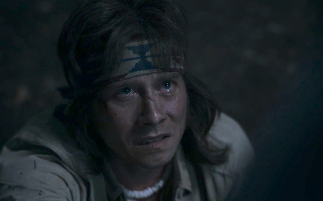 Lou Taylor Pucci as the Hitchhiker in 'AHS: 1984'