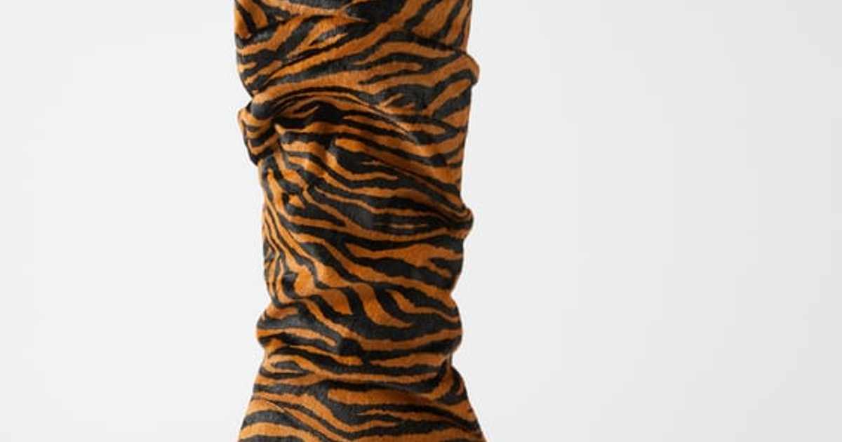 Victoria Beckham's Sock Boots Are A Minimalists Guide To Wearing Animal Print