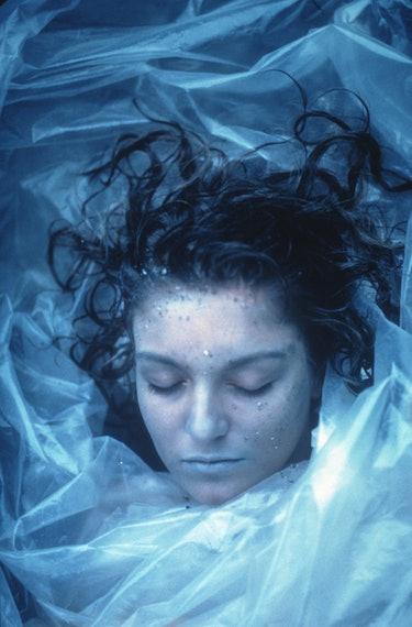 """Laura Palmer's dead body is found on """"Twin Peaks."""""""