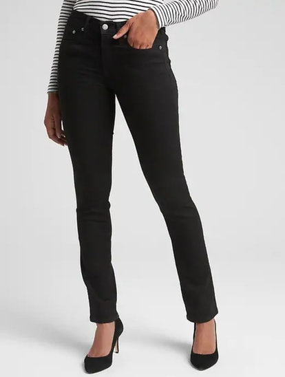 Mid Rise Classic Straight Jeans