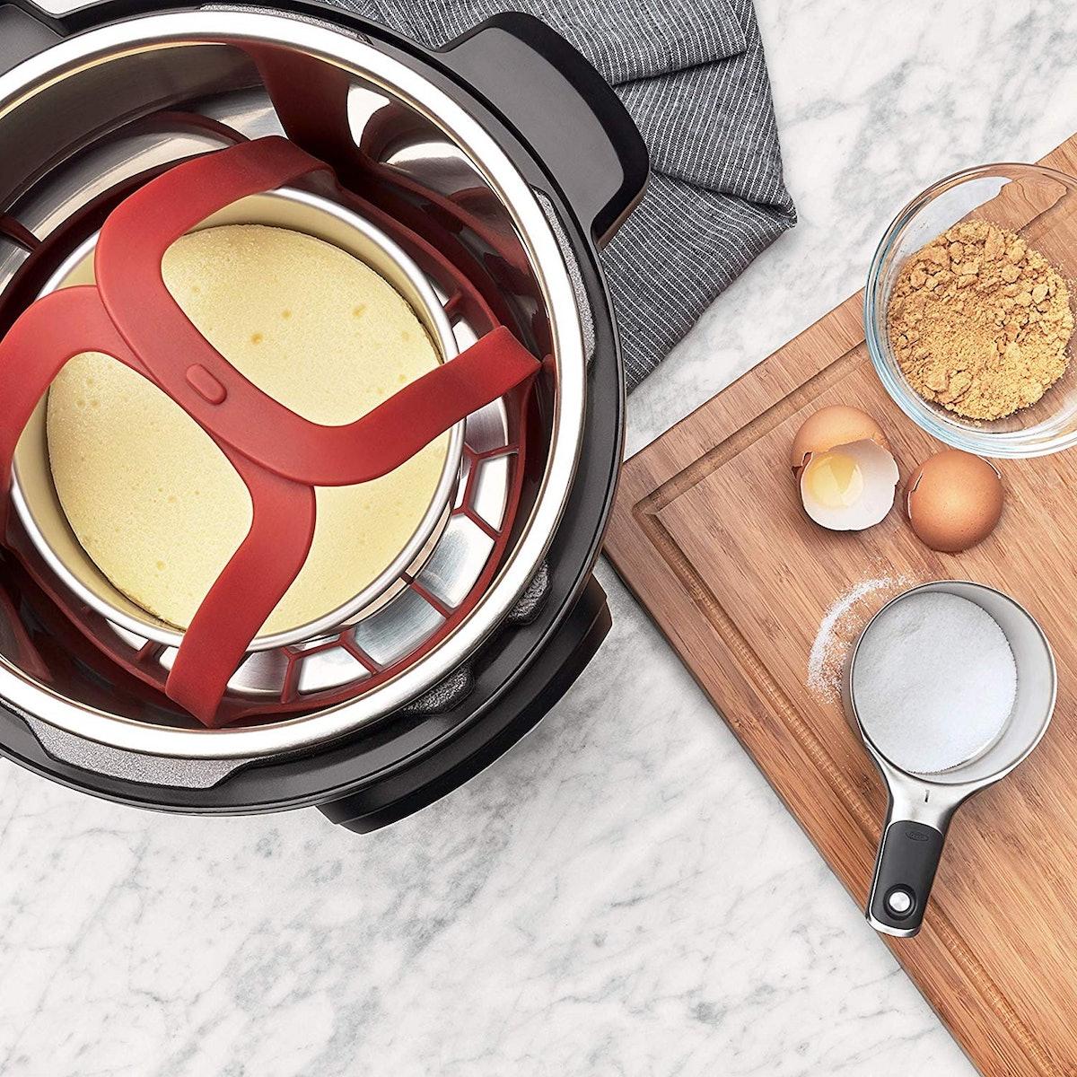 OXO Good Grips Pressure Cooker Sling