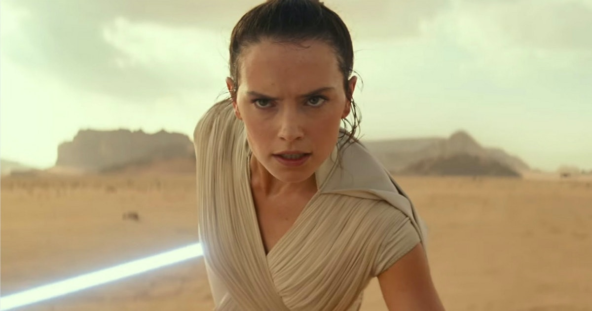 """Daisy Ridley Promises 'The Rise Of Skywalker' Will Address That """"Reylo Thing"""""""