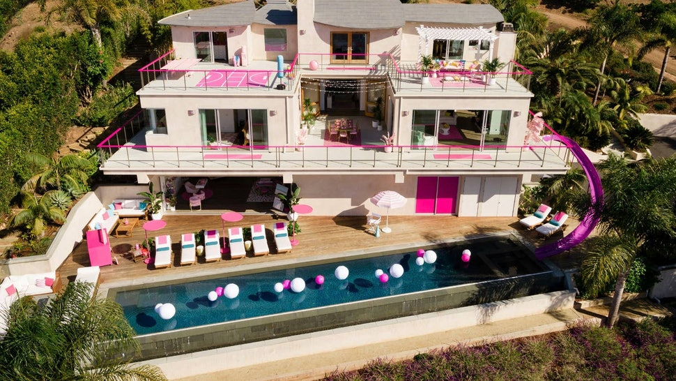 Barbie's Malibu Dreamhouse is officially on Airbnb in real life.