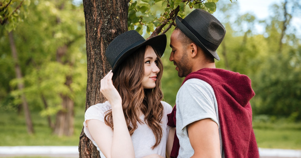 7 Dates Earth Signs Will Love That'll Bring Out Their Inner Romantic