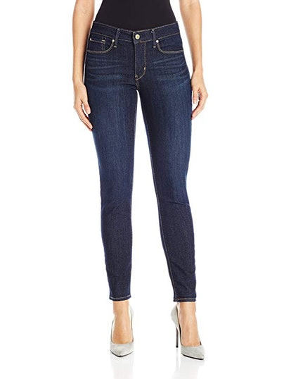 Signature by Levi Strauss & Co. Gold Label Totally Shaping Skinny Jean