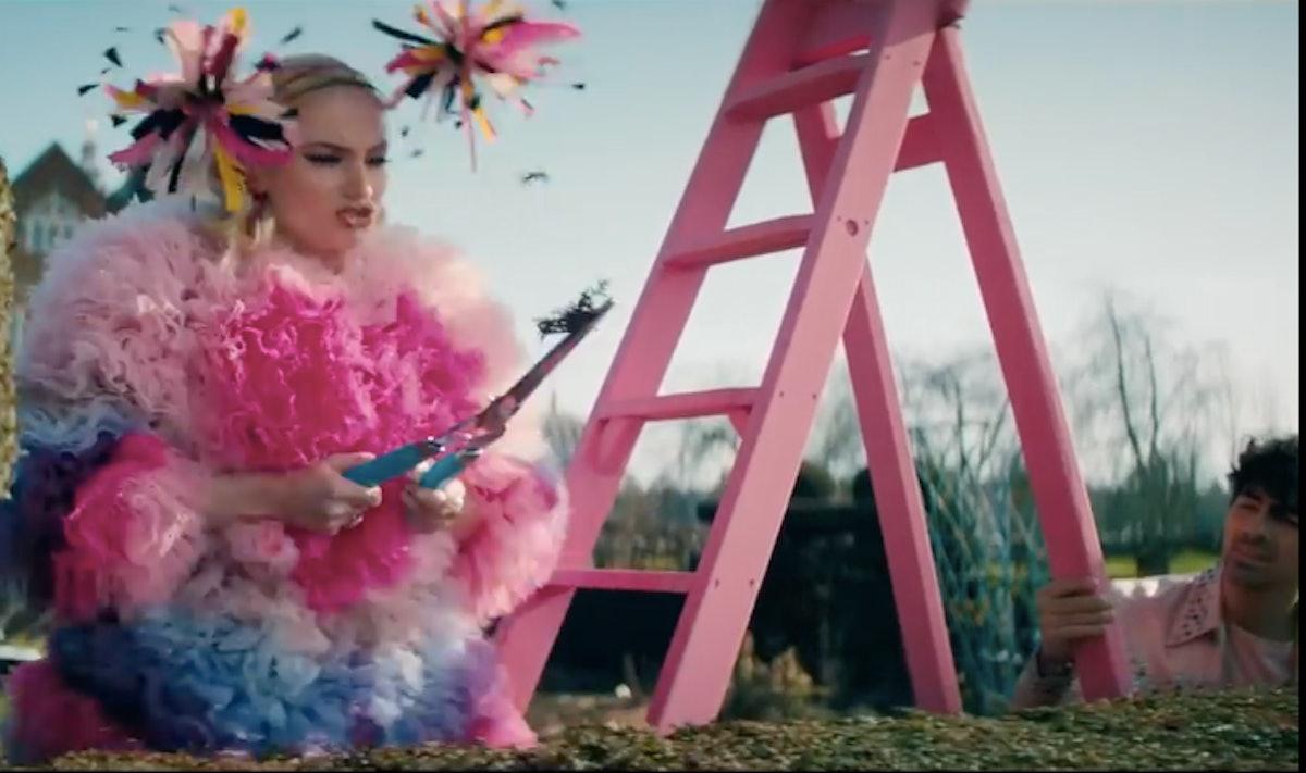 "The ""Sucker"" video is a great Sophie Turner and Joe Jonas Couples Halloween Costume Idea"