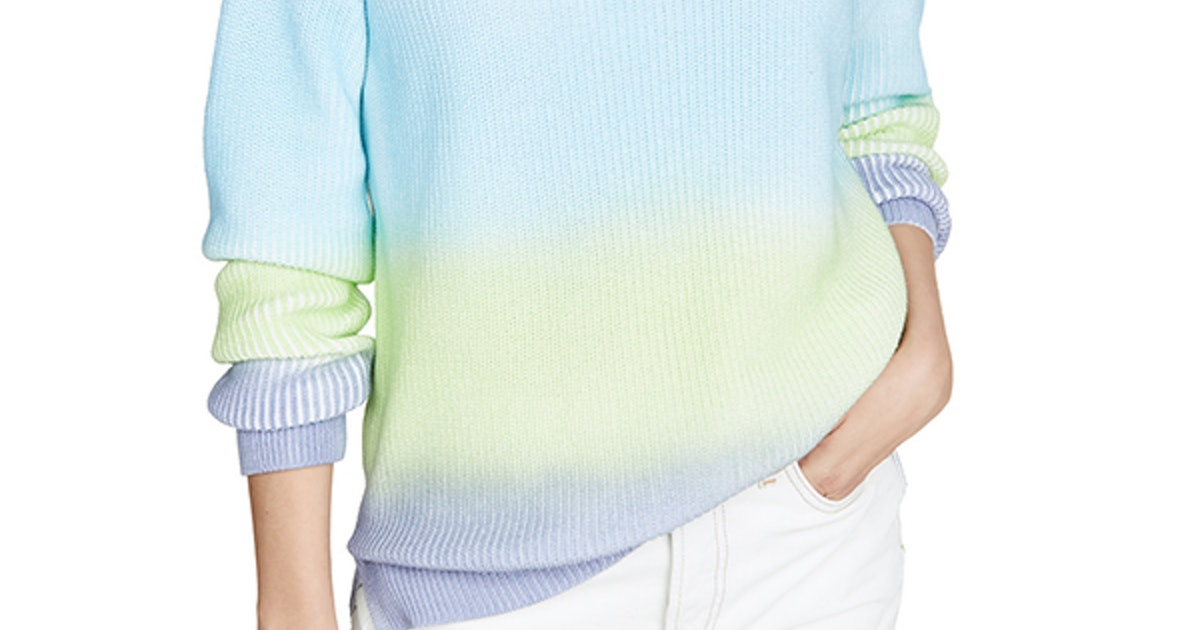 Gigi Hadid's Ombré Suit Is A Subtle Approach To The Tie-Dye Trend