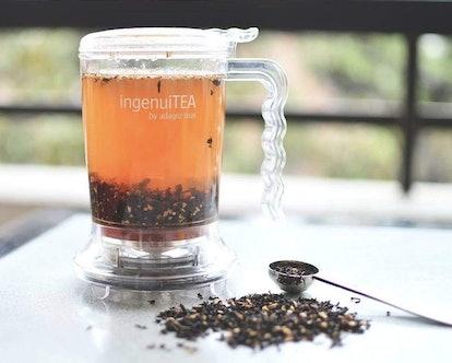 Adagio Teas 1 IngenuiTEA Bottom-Dispensing Teapot