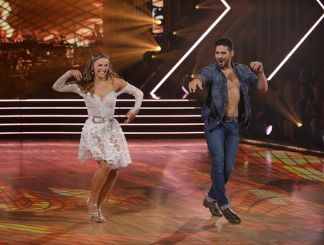 Hannah Brown and Alan Bersten on Week 6 of DWTS.