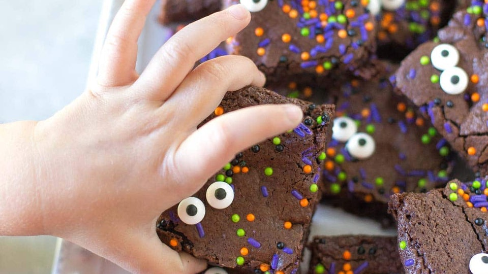 These Halloween sheet pan brownies from Simply Whisked are almost too cute to eat.