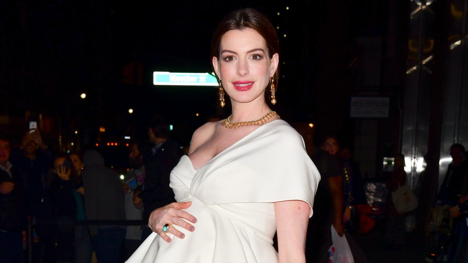 Anne Hathaway arrives to Amazon's Museum Of Modern Love pop-up at 632 Broadway on October 10, 2019 in New York City.