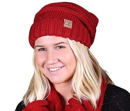 FunkyJunque Oversized Cable Knit Slouchy Beanie Red