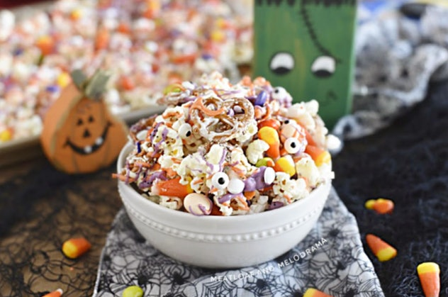 Halloween snack mix is a great Halloween treat for the classroom.