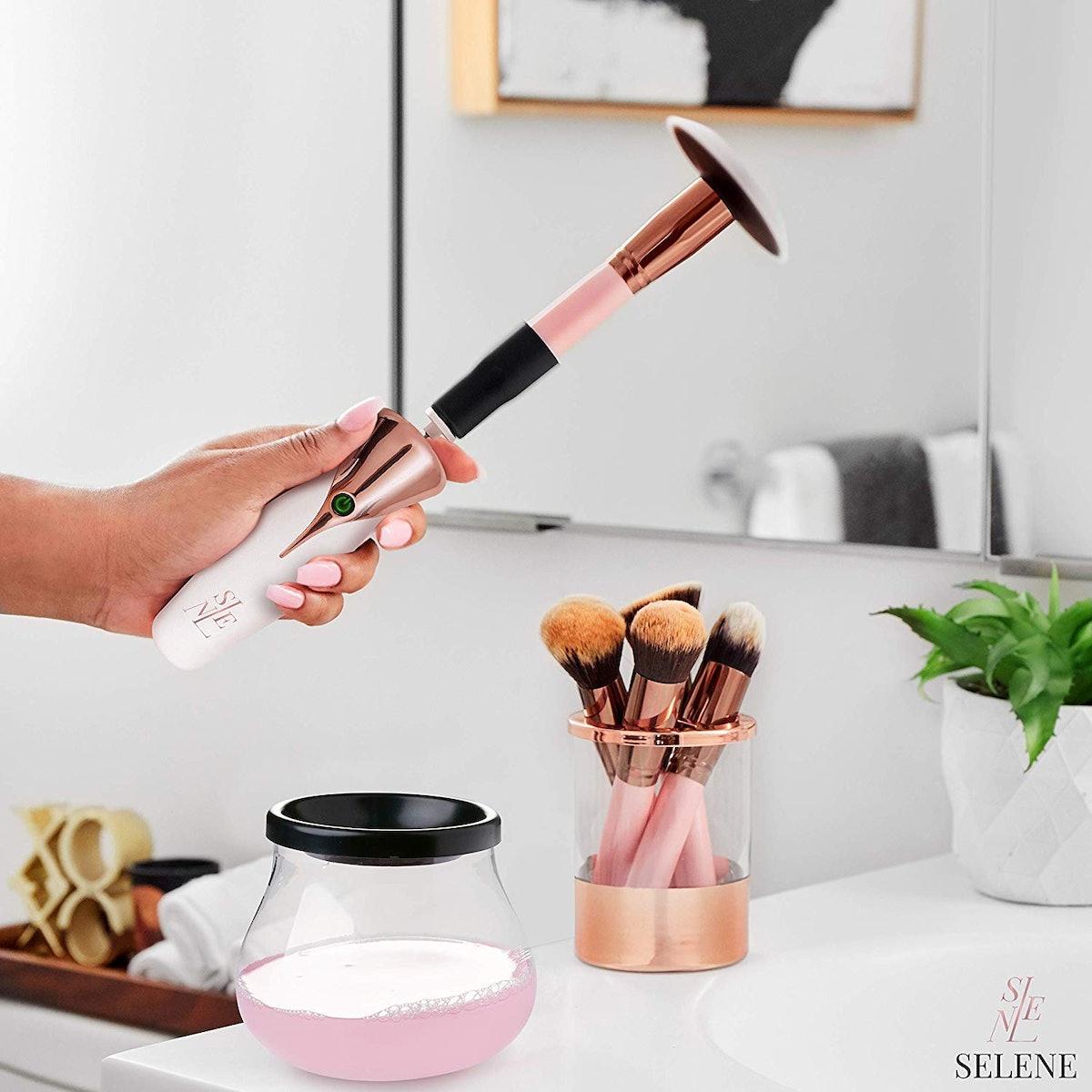 Selene Makeup Brush Cleaner