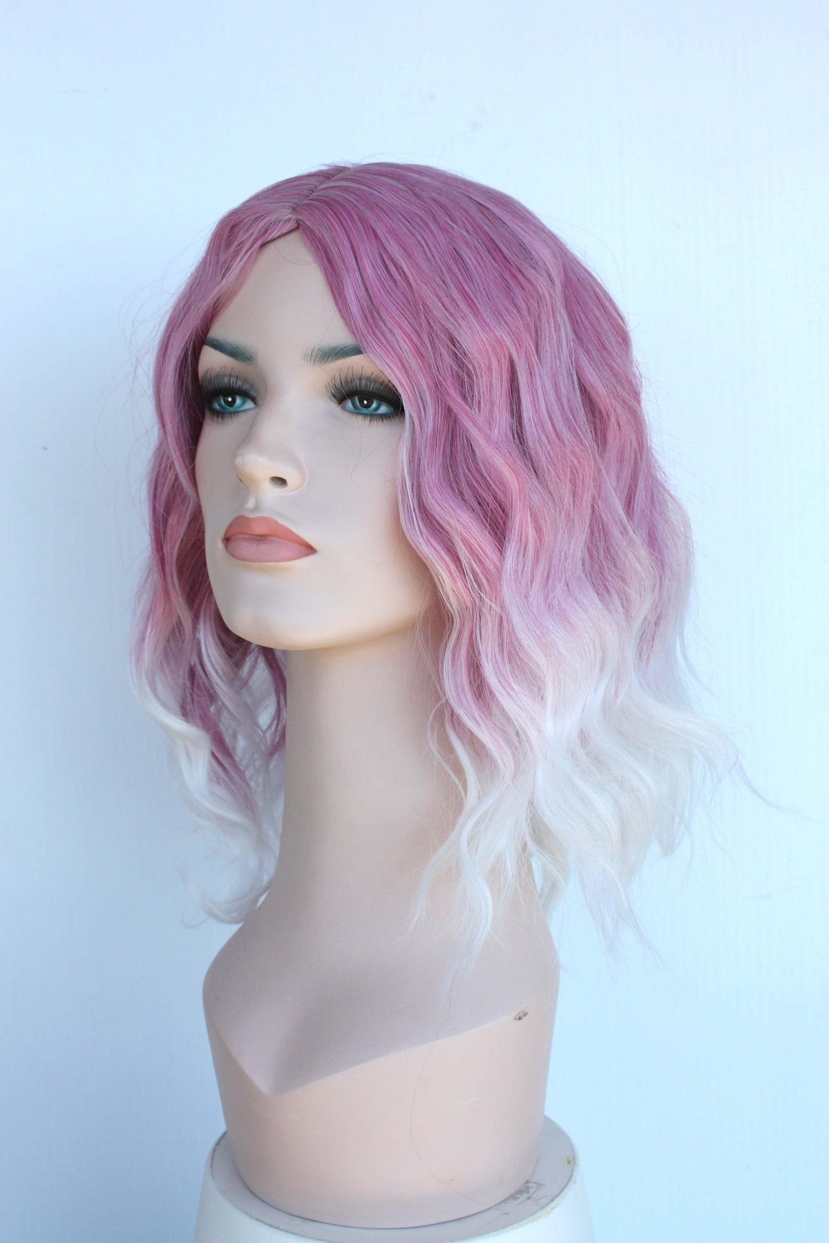 Dusty Orchid White Ombre Shoulder Length Wavy Wig