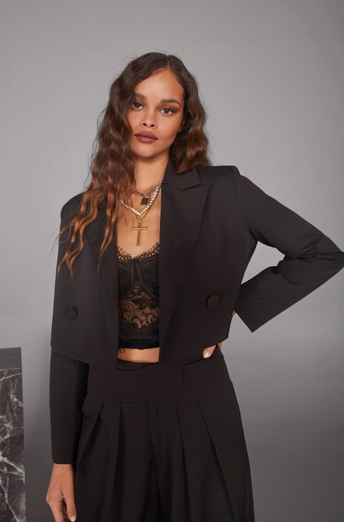 Woman's World Cropped Blazer