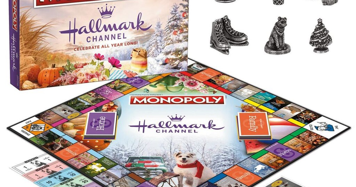 This Hallmark Channel Holiday 2019 Merchandise Is A Movie Lover's Dream