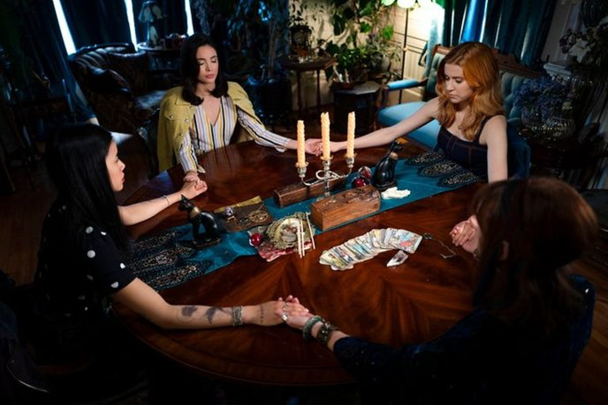 Seance scene on The CW's 'Nancy Drew'