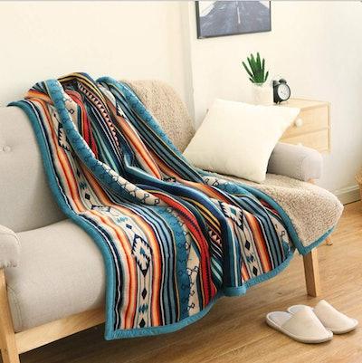 Ukeler Flannel Sherpa Throw Blanket